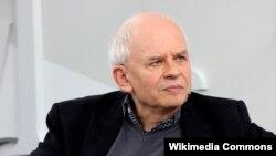 Ральф Дутли