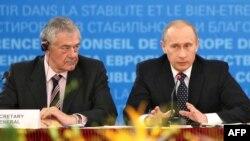 Терри Дэвис и Владимир Путин на встрече в Москве
