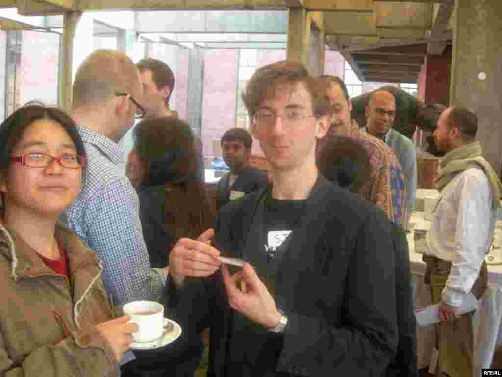 سموئل کلاین و یک وبلاگ نویس دیگر