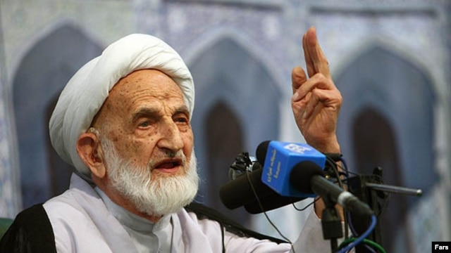 Ayatollah Abolghassem Khazali has renounced contact with his son.