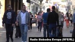 Vlast ne primjećuje ili za to ne haje, da gotovo svaki peti stanovnik u BiH živi od eura i po dnevno