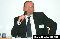 Майрбек Вачагаєв, чеченський історик