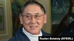Бигельды Габдуллин, главный редактор газеты Central Asia Monitor и учредитель портала Radiotochka.kz, освобожден из под ареста. Астана, 24 января 2017 года.