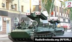 ЗРК «Стріла-10» на репетиції параду військової техніки в Донецьку