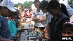 Детский шахматный турнир, Бишкек, 1 июня 2010 года.