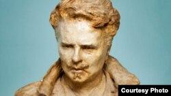 تندیسی از آگوست استریندبرگ (August Strindberg) معروف به شکسپیر سوئد.