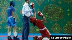 Мижгона Самадов после победы на V Азиатских играх в закрытых помещениях и по боевым искусствам в Ашхабаде в 2017 году