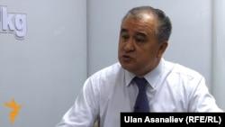 Кыргызский политик Омурбек Текебаев.