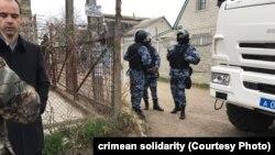 Массовые обыски в Крыму