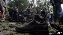 На місці вибуху в Кабулі, 11 червня 2013 року