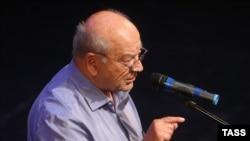 Dmitry Zimin, themelues i Fondacionit Dinastia