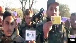 Dezertorë ushtarkë të Sirisë e tregojnë indentitetin e tyre