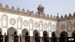 نمایی از مسجد الازهر در قاهره، پایتخت مصر