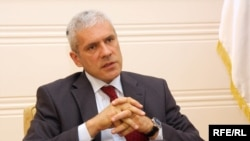 "Boris Tadic said that in 10 years, Serbia will ""definitely"" be a member of the European Union."