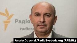Виктор Буток
