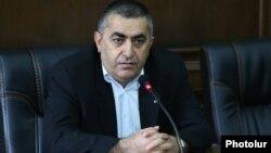 Armenia - Dashnaktsutyun leader Armen Rustamian at a news conference in Yerevan, 16Sep2016.