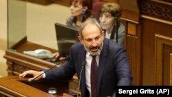 Никол Пашинян 1 мая выступил в парламенте Армении