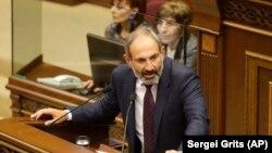 Никол Пашинян 1 мая выступил в парламенте Армении.