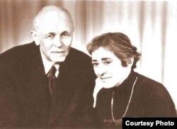 Елена Боннэр и Андрей Сахаров в Горьком, 1985 год.