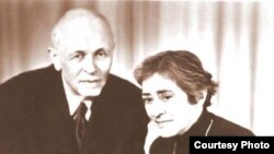 Andrei Sakharov and Yelena Bonner in Gorky in 1985