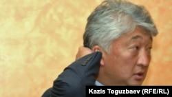 """Владимир Ким, """"Қазақмыс"""" басшысы. Владимир Нимен қоштасу рәсімі. Алматы, 12 қыркүйек 2010 жыл"""