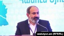 Премьер-министр Армении Никол Пашинян, Татев, 27 мая 2019 г.