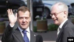 Евробертан президент Рампой Ван а, Оьрсийчоьнан президент Медведев Дмитрий а, Ростох, 01Ман2010