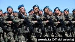 Отарда өткен әскери парад. Жамбыл облысы, 7 мамыр 2018 жыл.