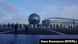 EXPO-2017 көрмесі өткен жердегі нысандар. Астана, 15 қараша 2017 жыл.