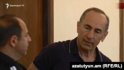 Роберт Кочарян ереванском суде, июнь 2019 г.