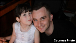 Александр Оршулевич со старшей дочерью