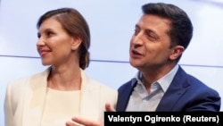 Новообраний президент України Володимир Зеленський із дружиною Оленою. Київ, 21 квітня 2019 року