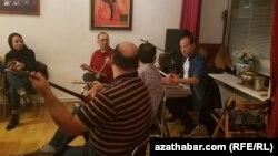 Türkmen bagşy-sazandalary Ýewropada konsert berdi.
