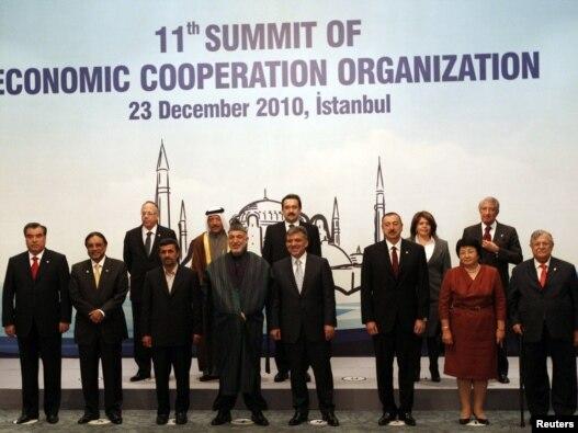 سران یازدهمین اجلاس سازمان همکاری های اکو در  استانبول