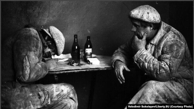 Выписывание наряда на разгрузку. Хлебокомбинат № 1. 15.12.1980.
