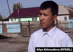 Мадияр Набиев, бывший работник фермы. Талдыкорган.