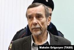 Лев Пономарев в суде