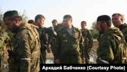 Гуьржийчоь -- Восток батальонан командир Ямадаев Сулим (юккъехь) Гуьржийчохь тIом боьдуш, Къилба ХIирийчоь, Марс.2008