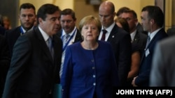 Angela Merkel Brüssel sammitində
