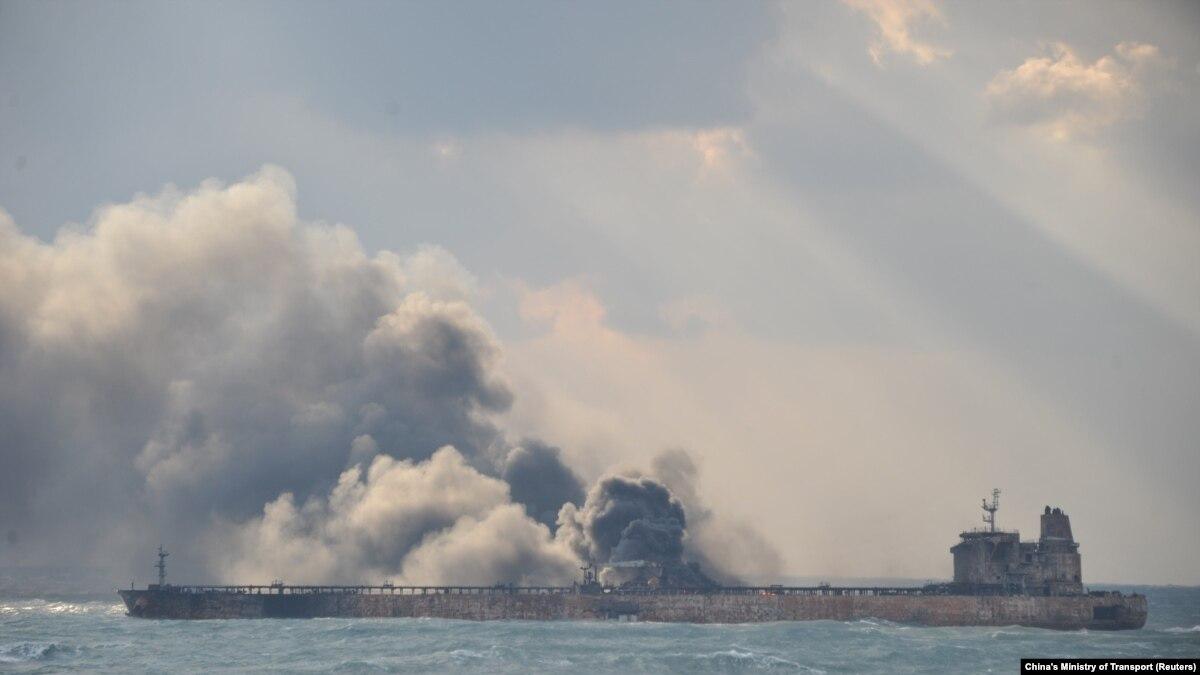 بیاطلاعی از سرنوشت خدمه کشتی پنج روز پس از آتشسوزی نفتکش سانچی