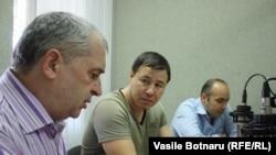 Petru Bogatu, Bogdan Țîrdea, Cornel Ciurea în studioul Europei Libere