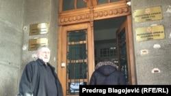 Đokica Jovanović ispred Tužilaštva, foto: Predrag Blagojević