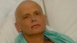 Aleksandr Litvinenko in a London hospital bed in November 2006.