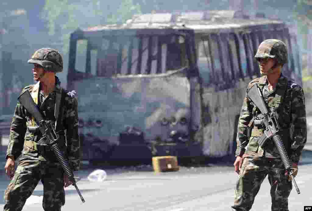 Тайская армия вытеснила демонстрантов с ключевого перекрестка в Бангкоке