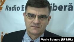 Gheorghe Cojocaru, istoric și analist politic