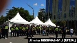 კარვები რუსთაველის გამზირზე, 11 ივნისი