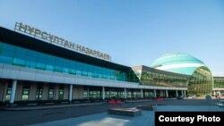 Нұрсұлтан Назарбаев халықаралық әуежайы.