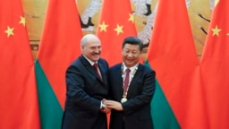 Predsednik Belorusije Aleksandar Lukašenko (levo) s predsednikom Kine Si Đinpingom u Pekingu, septembar 2016.