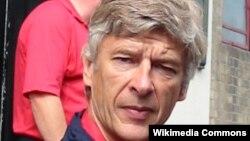 Главный тренер лондонского «Арсенала» Арсен Венгер (архив)