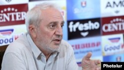 Armenia -- Aram Manukian, a senior member of the Armenian National Congress, at a news conference in Yerevan, August 23, 2019.